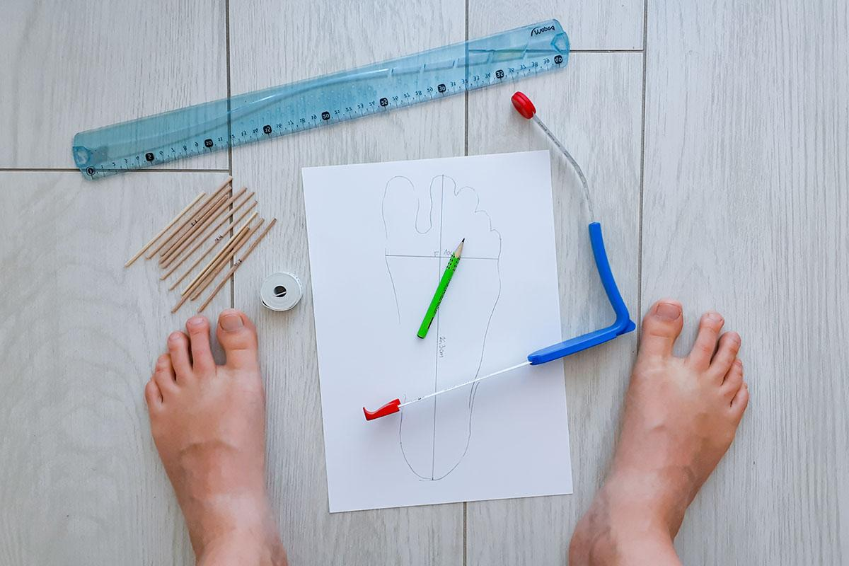 A guide for measuring feet and barefoot shoes